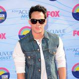 Michael Trevino en los Teen Choice Awards 2012