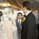 Sarah Michelle Gellar se casa en el último capítulo de 'Ringer'