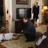 Frank y Danny investigan el asesinato de una vecina de los Reagan