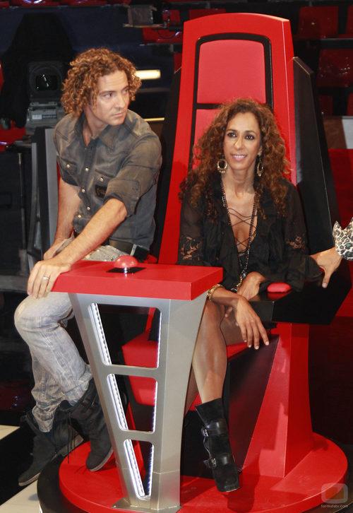 David Bisbal y Rosario en el plató de 'La Voz'