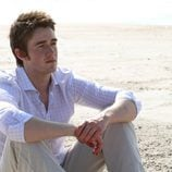 Robert Buckley como Clay Evans en la novena temporada de 'One Tree Hill'
