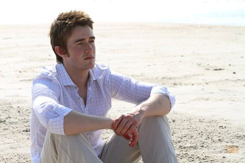 Robert Buckley como Clay Evans en la novena temporada de 'One Tree Hill'