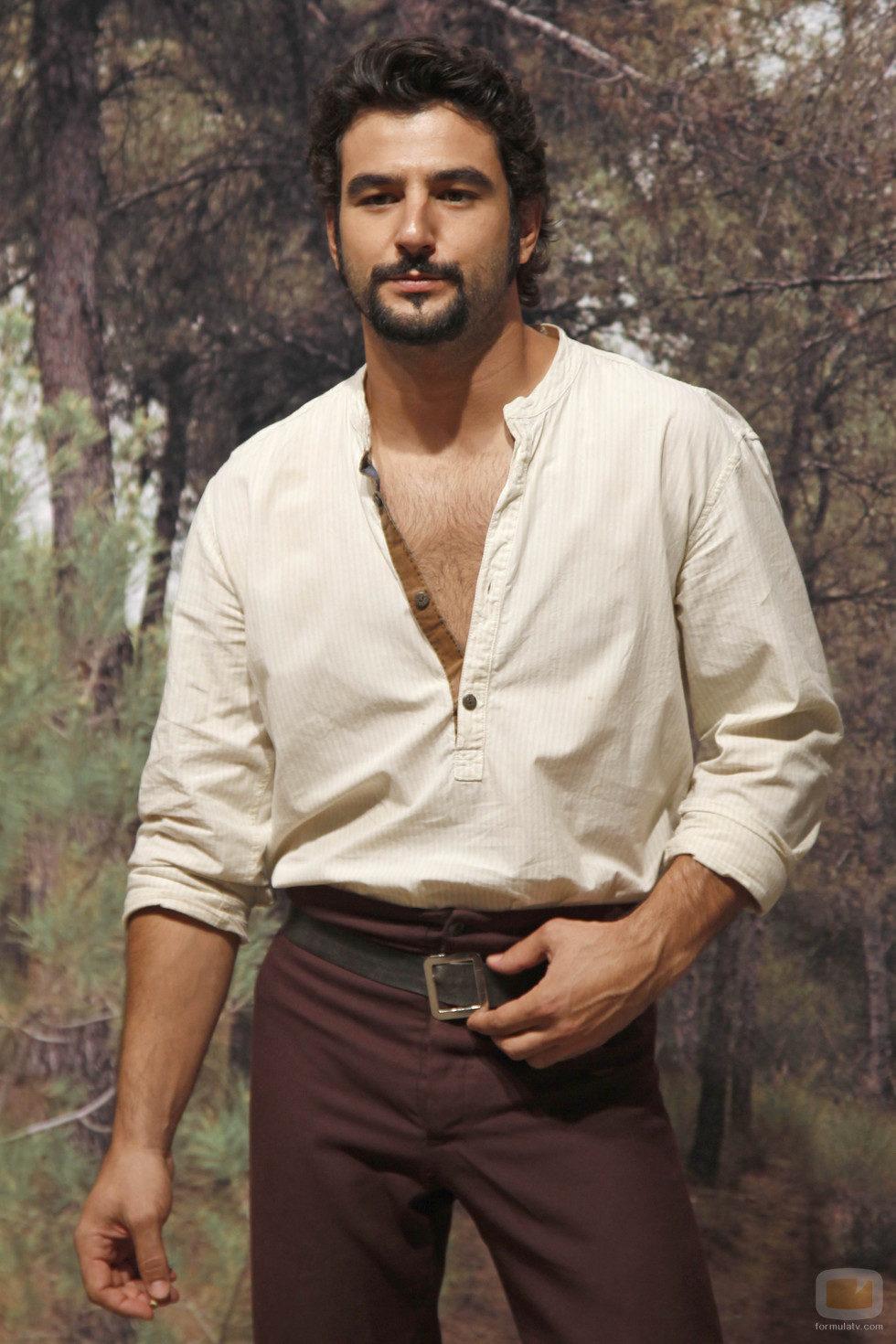 Antonio Velázquez retoma su papel de Aníbal en la tercera temporada de 'Tierra de lobos'