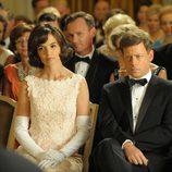 El presidente Kennedy, pensativo en un acto al que acude con Jackie