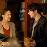 Nick y Rosalee en una escena de 'Grimm'