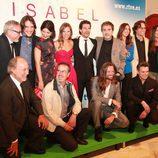 El equipo de 'Isabel' se divierte durante el FesTVal de Vitoria