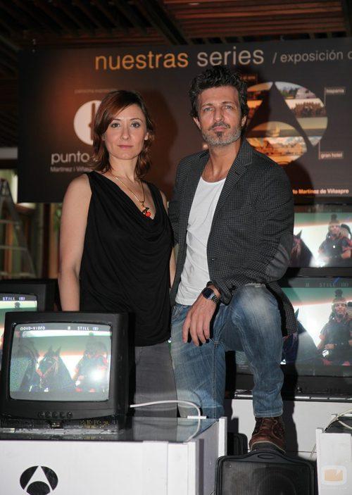 Nathalie Poza y Jesús Olmedo en la exposición de series del FesTVal