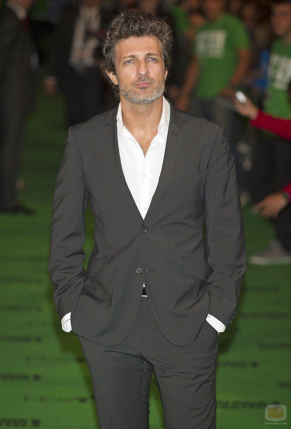 Jesús Olmedo posa en la alfombra verde del FesTVal de Vitoria