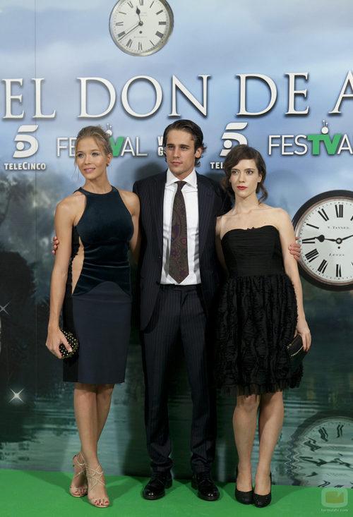Patricia Montero, Martín Rivas e Itsaso Arana en la premiere de 'El don de Alba'