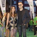 Risto Mejide y Rut Jiménez posan para los fotografos en la clausura del FesTVal de Vitoria