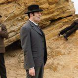 El detective Ayala y su equipo investigan en la segunda temporada de 'Gran Hotel'