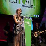 Ruth Jiménez presentó uno de los premios de la ceremonia de clausura del FesTVal de Vitoria