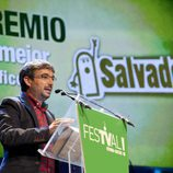 Jordi Évole agradece su premio durante la ceremonia de clausura del FesTVal de Vitoria