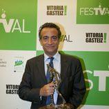 J.J. Santos recoge el premio especial para Mediaset Sport