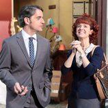 Carlos (Xisco Segura) habla con su mujer Encarni (Marta Belenguer)
