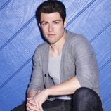 Max Greenfield es Schmidt en 'New Girl'