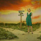 Christina Applegate posa en una foto promocional en 'Samantha, ¿Qué?'