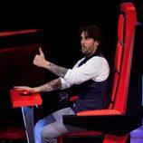 Melendi en su silla giratoria de 'La Voz'