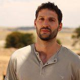 Ignacio Massau es el terapeuta de 'Padres lejanos'