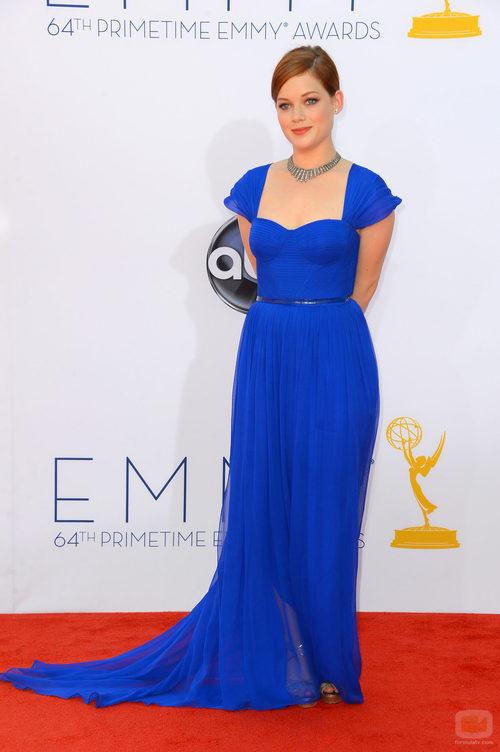 Jane Levy de 'Suburgatory' en los Emmy 2012