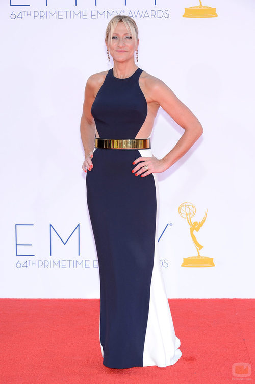 Edie Falco de 'Nurse Jackie' en los Emmy 2012