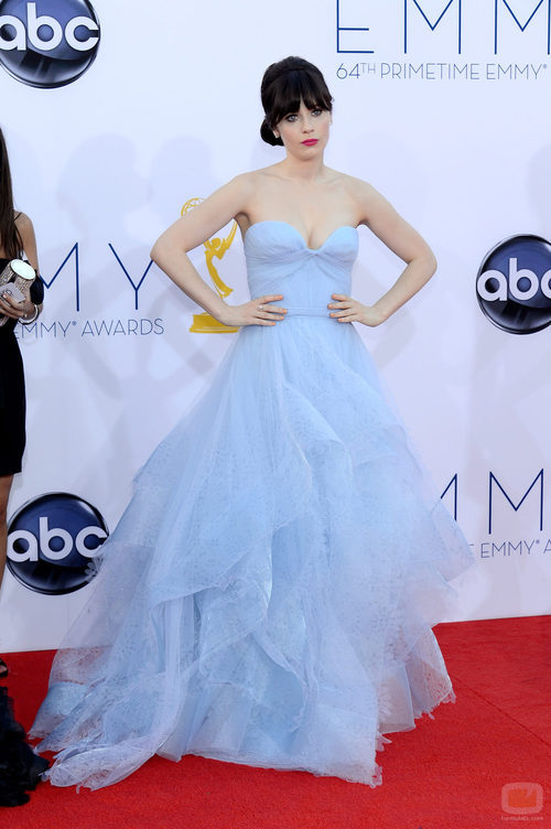 Zooey Deschanel en los Emmy 2012