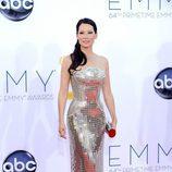 Lucy Liu en la alfombra roja de los Emmy 2012