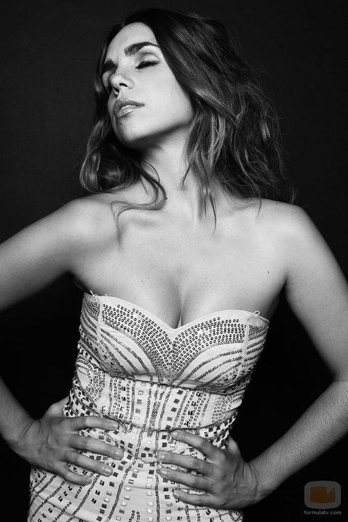 Elena Furiase se pone sexy para Overlay Magazine