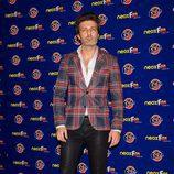 Jesús Olmedo en la alfombra naranja de los Neox Fan Awards