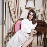 Adela Úcar se viste de blanco para VIM Magazine