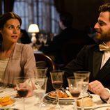 Amaia Salamanca y Alfonso Bassave en 'Gran Hotel'