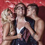 Chari y Jorge desnudos, con Torito