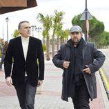 Juan Y Medio y Florentino Fernández en el tanatorio de Miliki