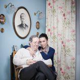 Manolita junto a su suegro Pelayo en 'Amar es para siempre'