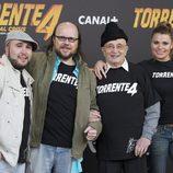 Tony Leblanc con Santiago Segura, Kiko Rivera y María Lapiedra