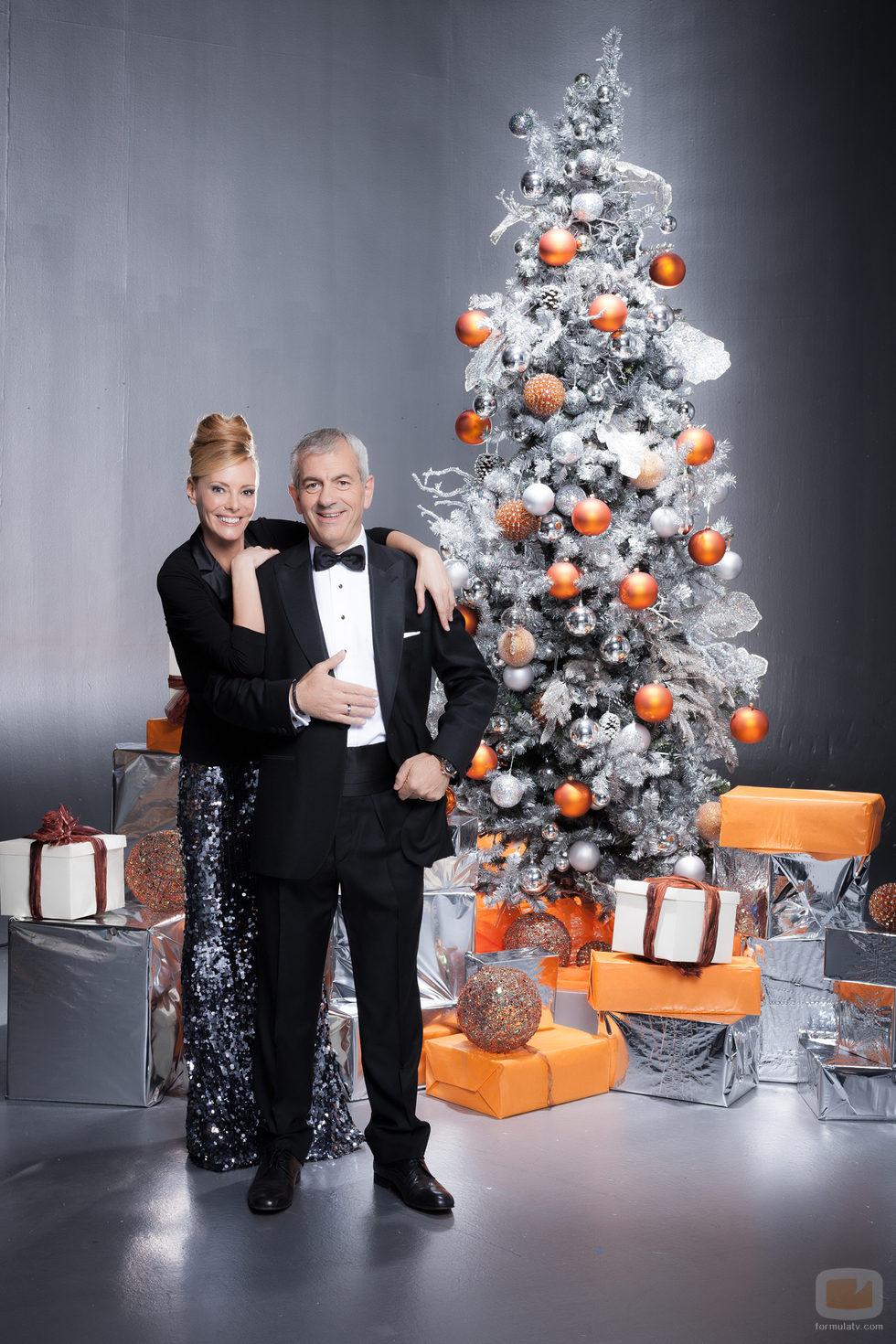 Paula Vázquez y Carlos Sobera, presentadores de las Campanadas 2012 de Antena 3