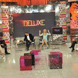 Belén Esteban frente a los colaboradores de 'Sálvame Deluxe'