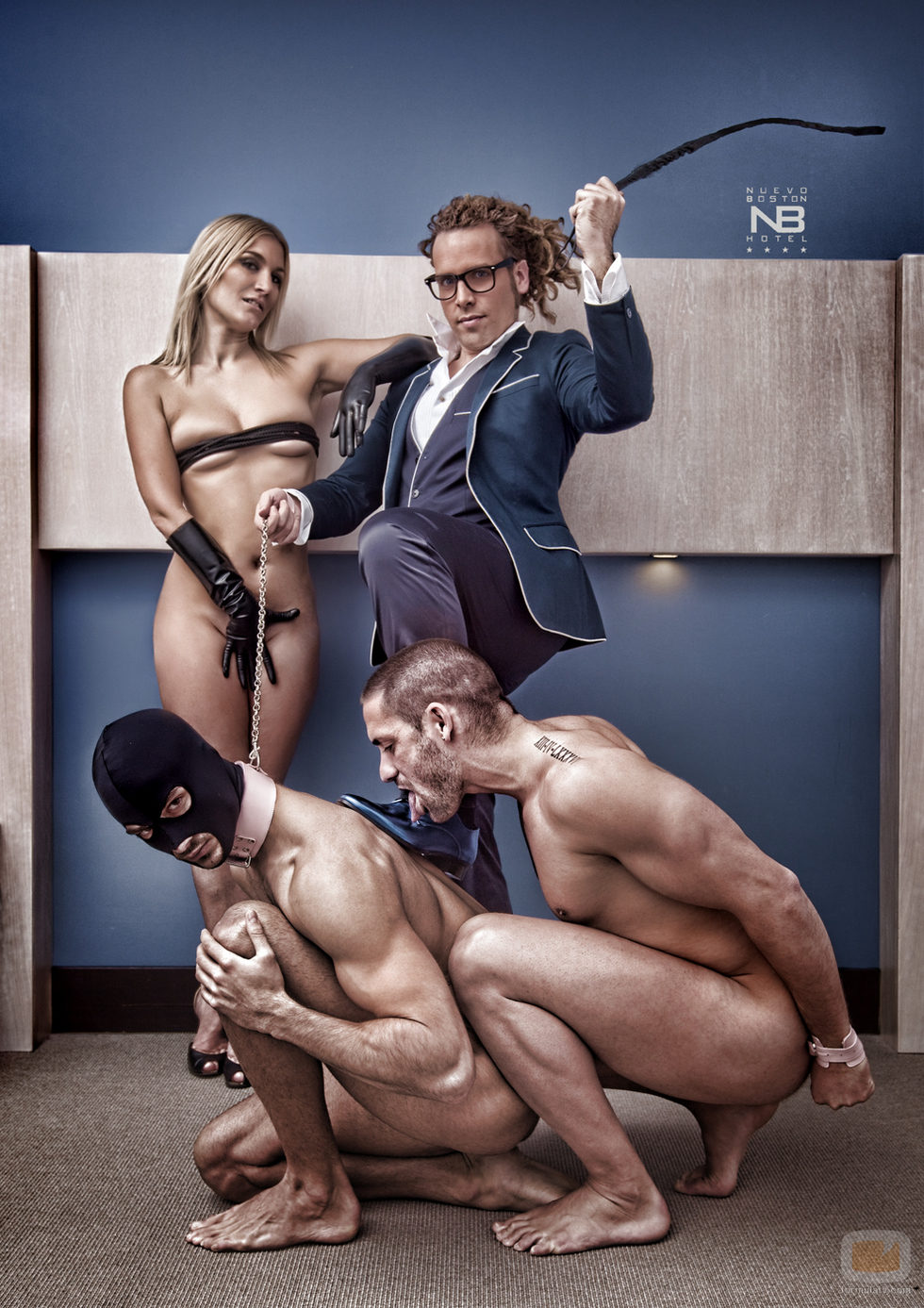 Milla Jovovich Desnuda y Follando en
