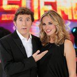 Manel Fuentes posa junto a Carolina Ferre en 'Tu cara me suena'