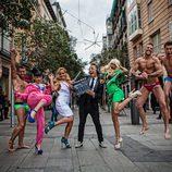 Los participantes de 'Gandía Shore', semidesnudos en plena calle