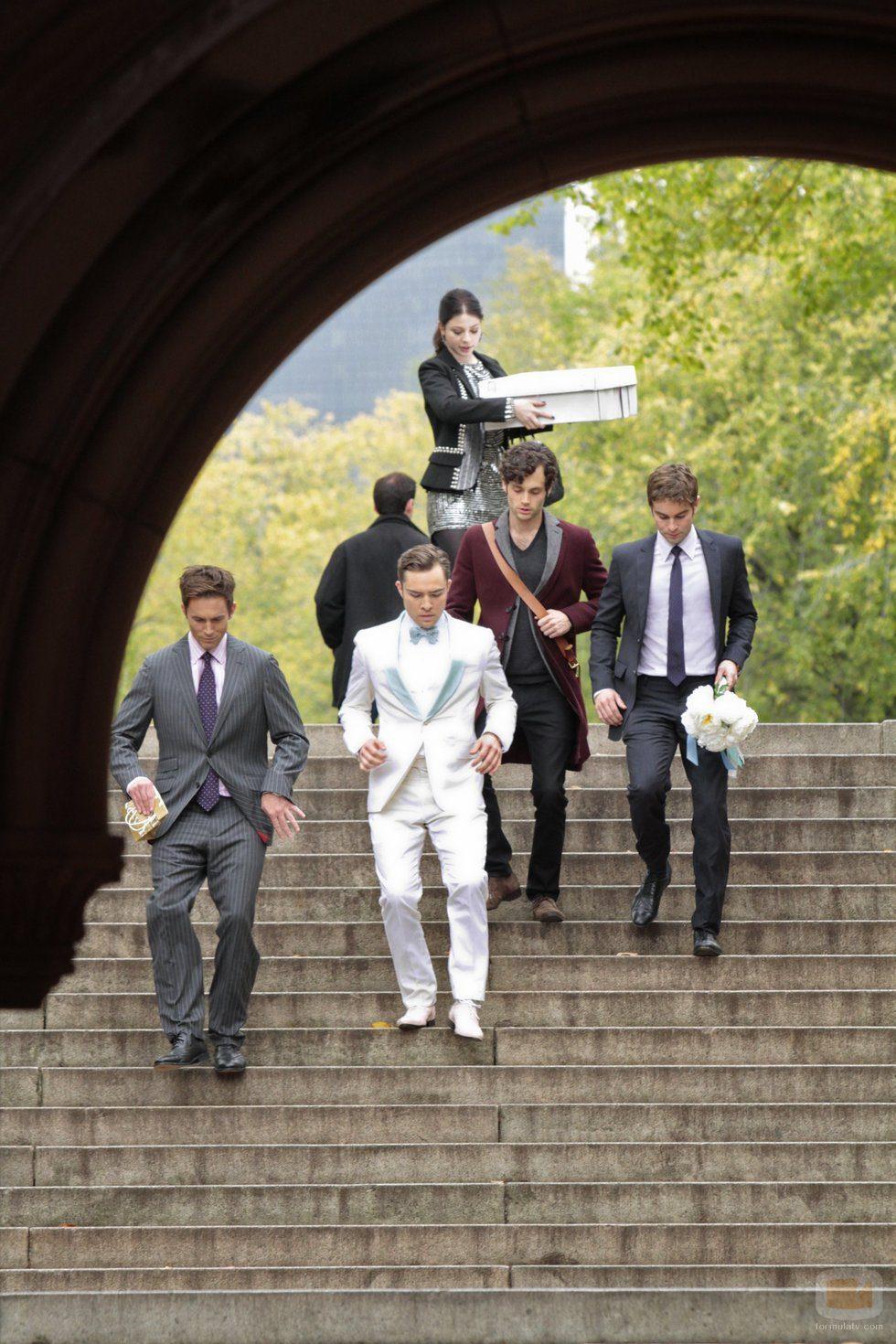 Jack Bass, Chuck, Dan, Nate y Georgina en el último capítulo de 'Gossip Girl'