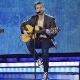 Pablo Alborán presentando su nuevo single en la gala final de 'La Voz'