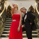 Anne Igartiburu e Imanol Arias ríen antes de dar paso a 2013