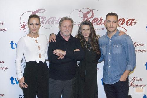 La familia Reverte en la tercera temporada de 'Gran Reserva'