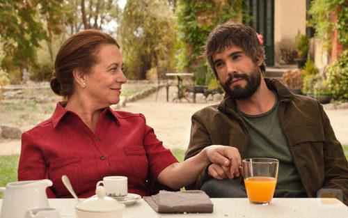 Gloria Muñoz y Unax Ugalde en la tercera temporada de 'Gran Reserva'
