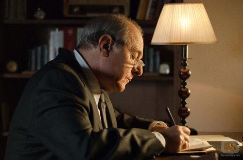 Don Vicente Cortázar (Emilio Gutiérrez Caba) en la tercera temporada de 'Gran Reserva'