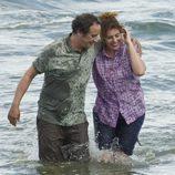 De la Cuadra y Salomé celebran la llegada a tierra con un baño