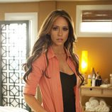 Jennifer Love Hewitt es Riley Parks en 'The Client List'
