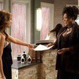 Riley Parks (Jennifer Love Hewitt) comienza a trabajar en un spa muy particular en 'The Client List'