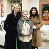 Ana Duato, María Galiana y Pilar Punzano posan juntas
